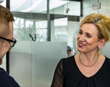 Karriere Kfz-Mechaniker Verkaufsberater Kaufmann für Bürokommunikation